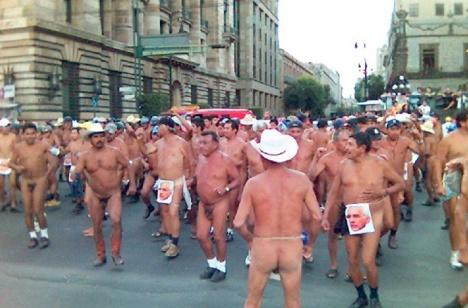 Protesta del Movimiento de los Cuatrocientos Pueblos en México, D.F.